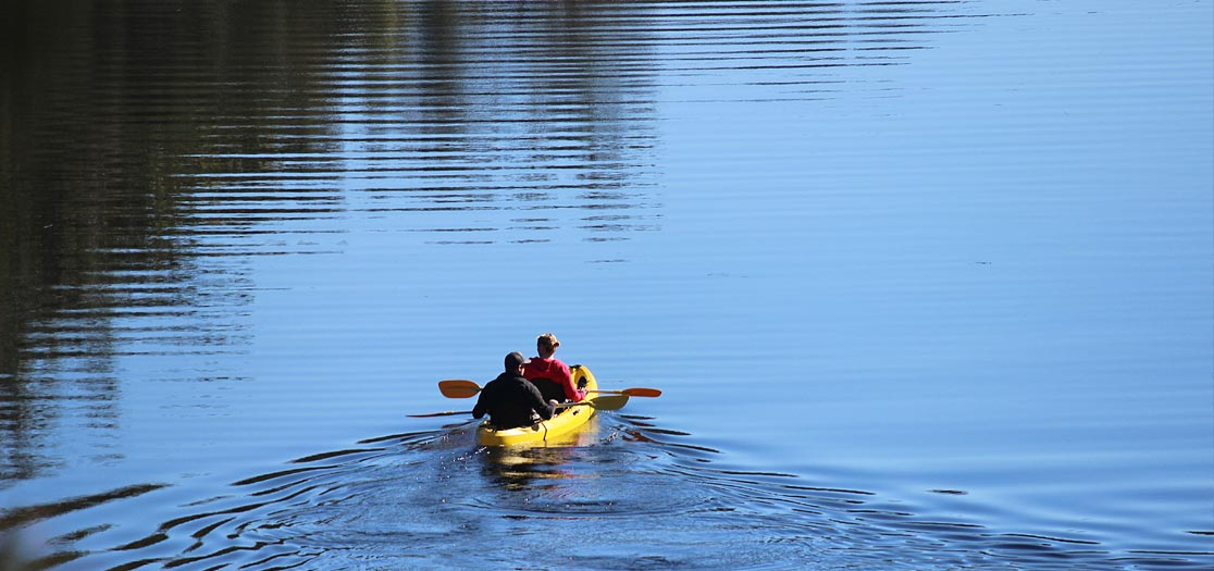 Kayak the Clyde River