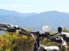 mountain-bike-riding
